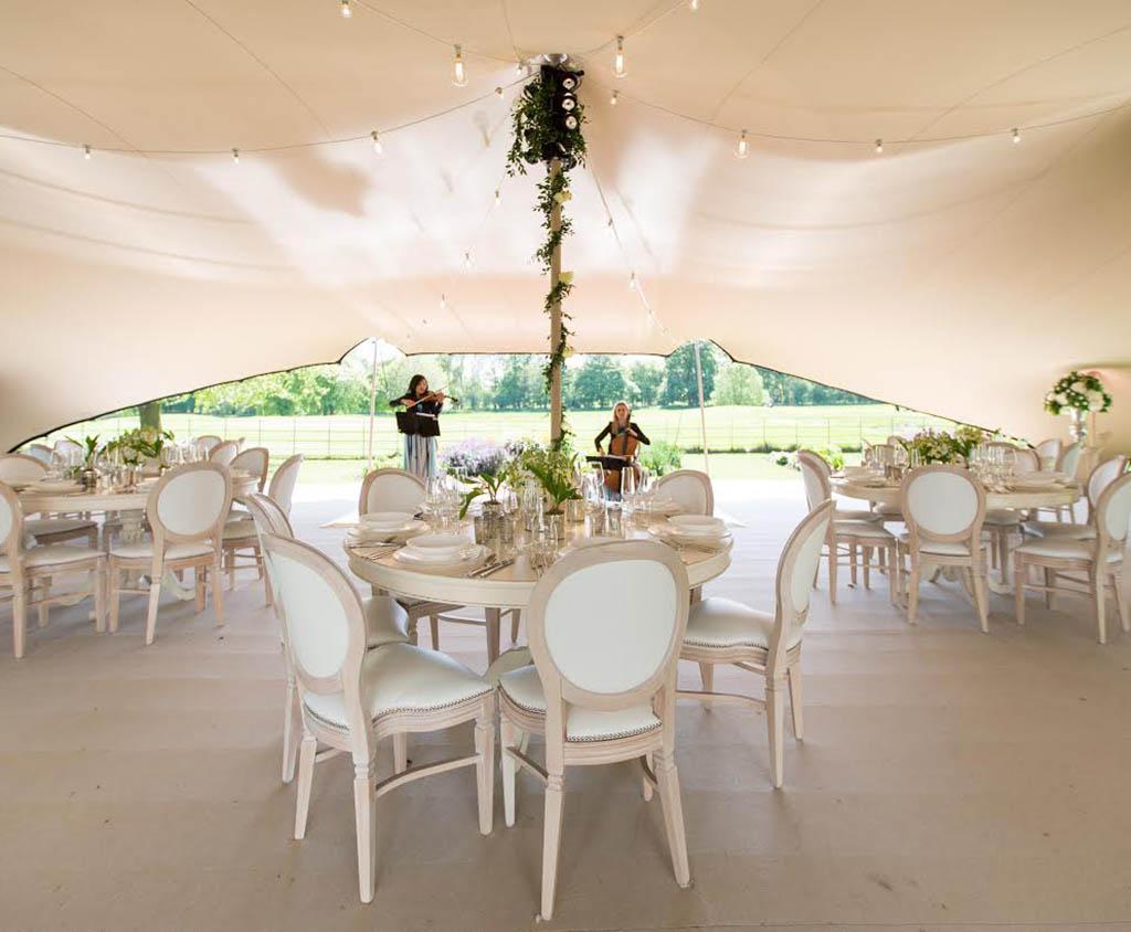 Zelt für Hochzeit